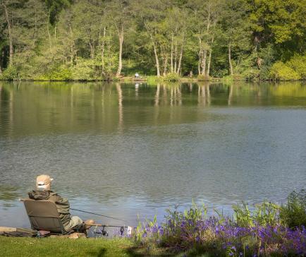 Fishing at Pearl Lake