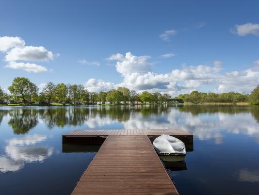 Lake view at Pearl Lake 5 star caravan park