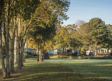 Golf course views - caravan holiday home pitches at Pearl Lake